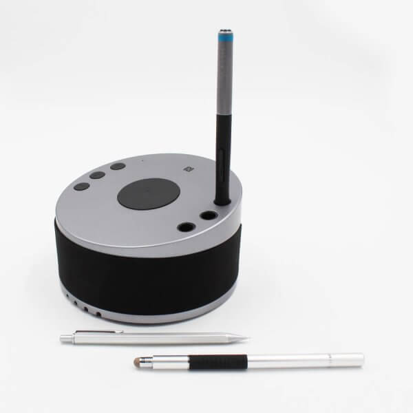 LYNQ Hub - with built in pen holder
