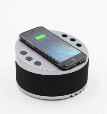 LYNQ Hub - Wireless Charging