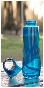 Blue H2Go Marino bottle sitting on a picnic table